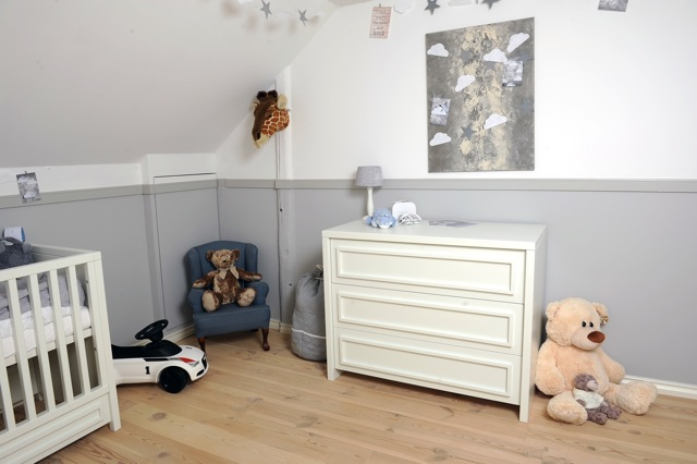 Binnen kijken op de kamer bij henri constant - Witte en blauwe kamer ...